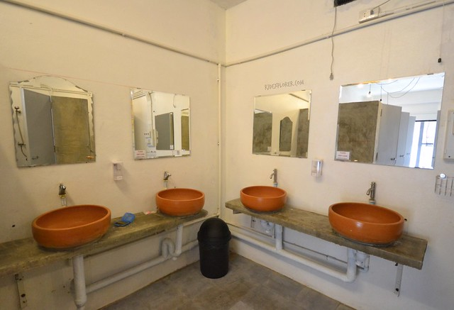if you want hostel sukhothai toilet