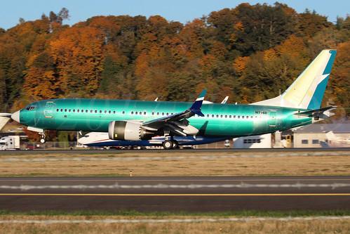 Boeing 737 MAX 8 WestJet N1796B LN6603
