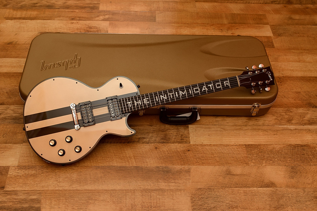 Gibson The Intimidator - Customized by Augustin Apostol