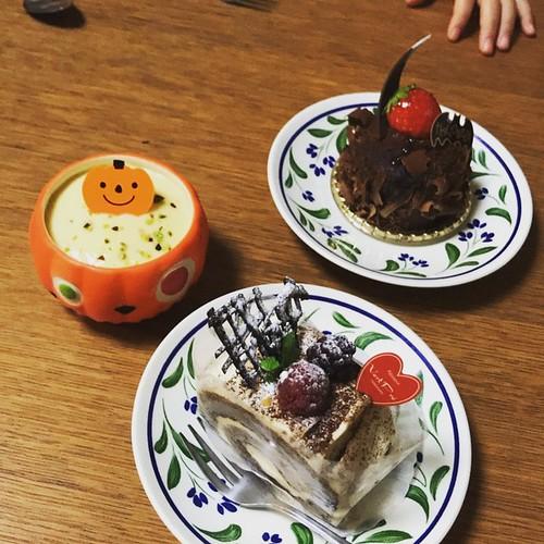ママのお誕生日のお祝いも兼ねてヴェルプレさんのケーキ