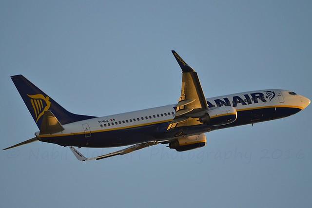 Ryanair EI-DHZ Boeing 737-8AS Winglets cn/33583-1834 @ LEBL / BCN 06-11-2016