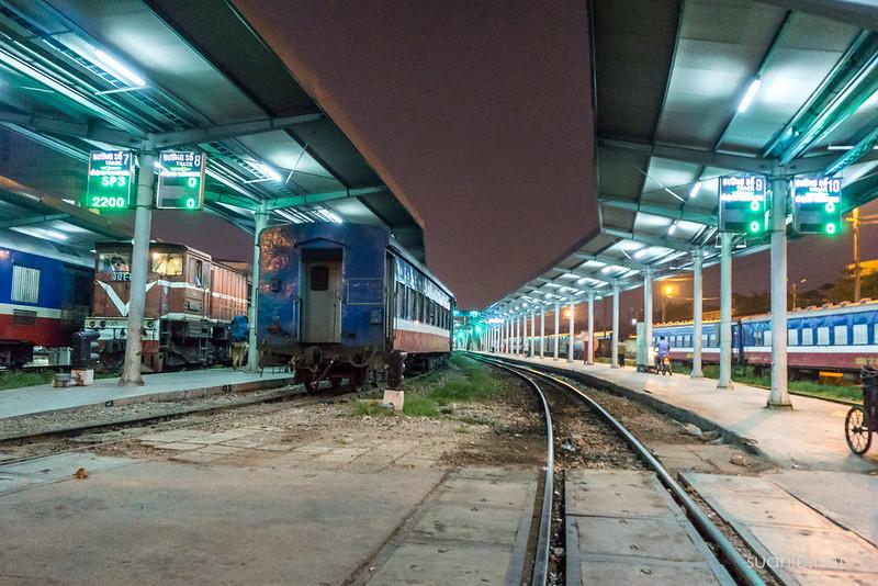 Hanoi Sapa train - rail station