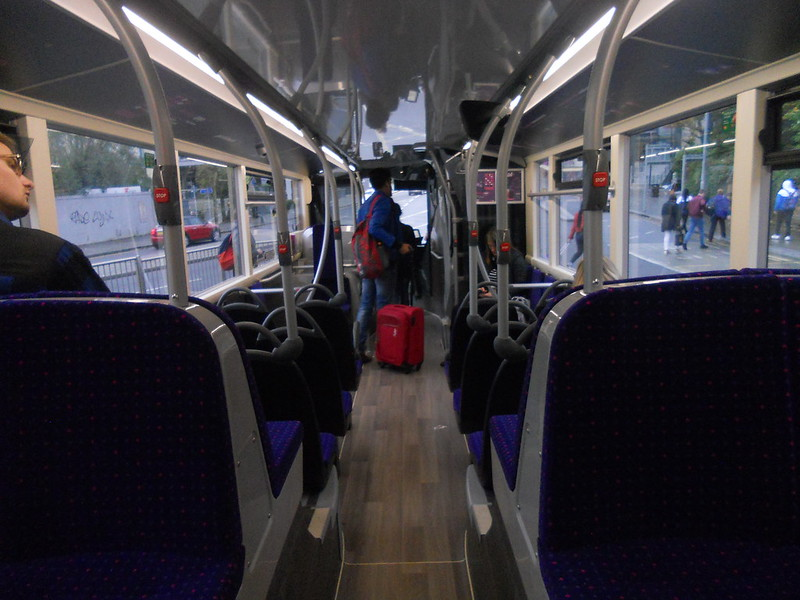 Lower deck (front facing) on Uno 292 YX67 VFW