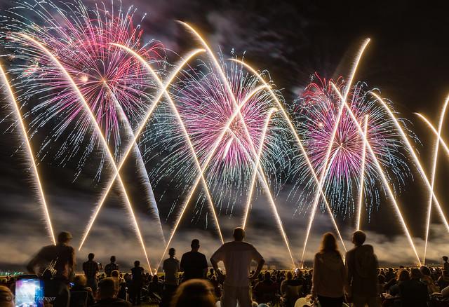 2017 EAA Sat Night fireworks 08