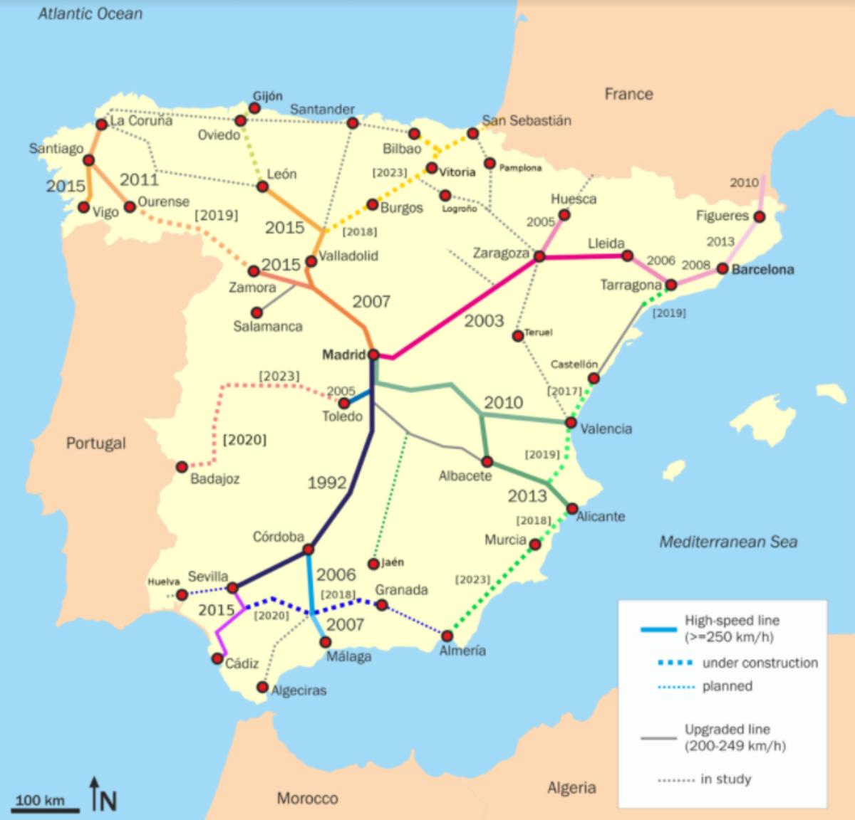 西班牙高鐵的發展圖。再中央化的政策非常明顯,所以路線都以馬德里為本,原全忽略加泰隆拿的需要。(網上圖片)