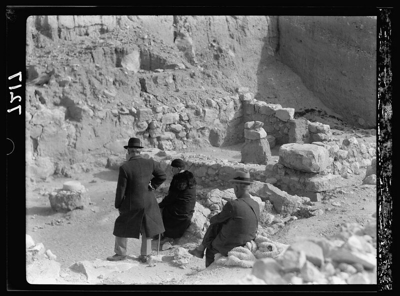 Lakhish-fosse-temple-19360210-16647v