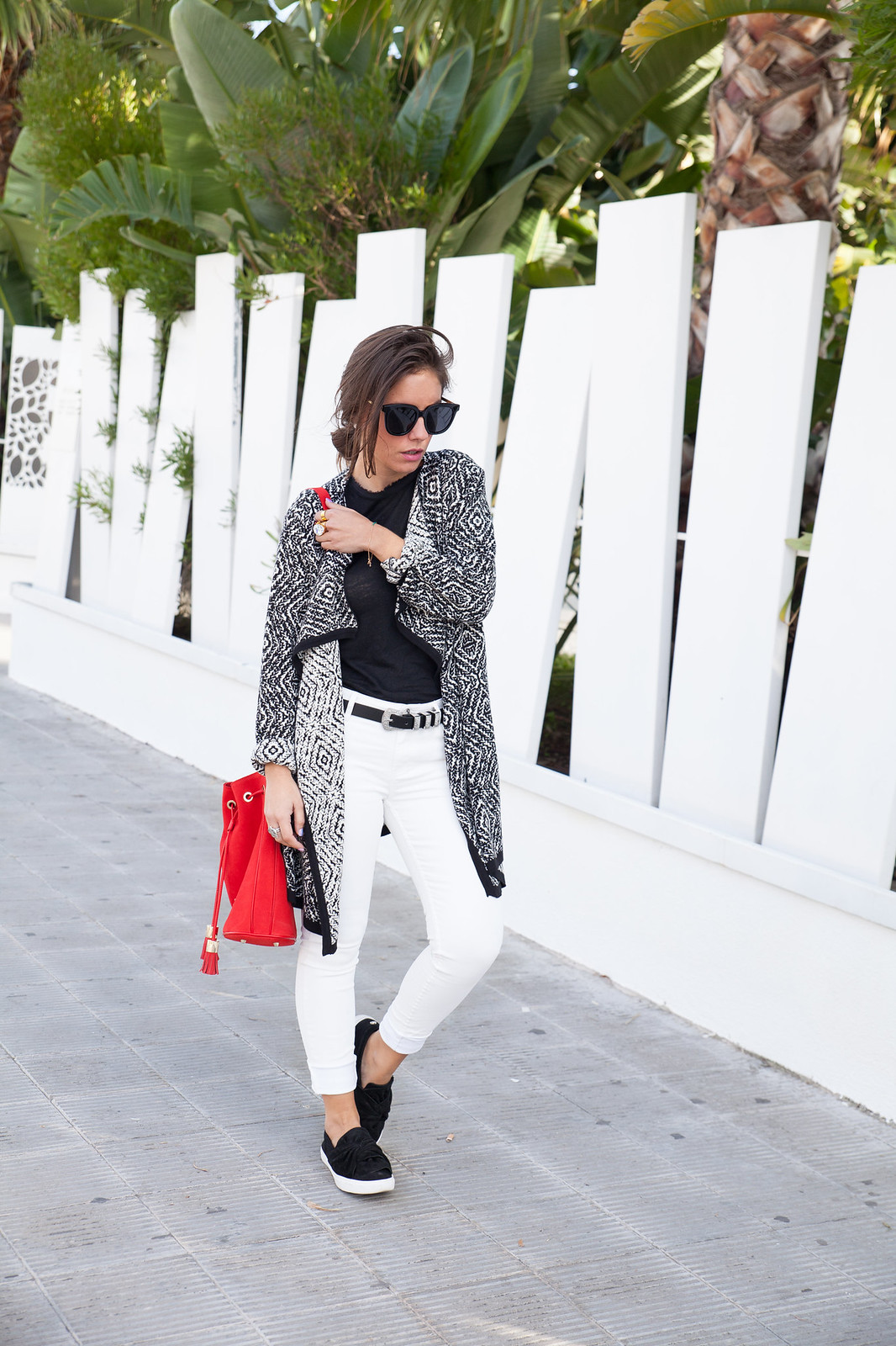 theguestgirl laura santolaria influencer emprendedora startup barcelona de moda tendencia marcas y marketing branding