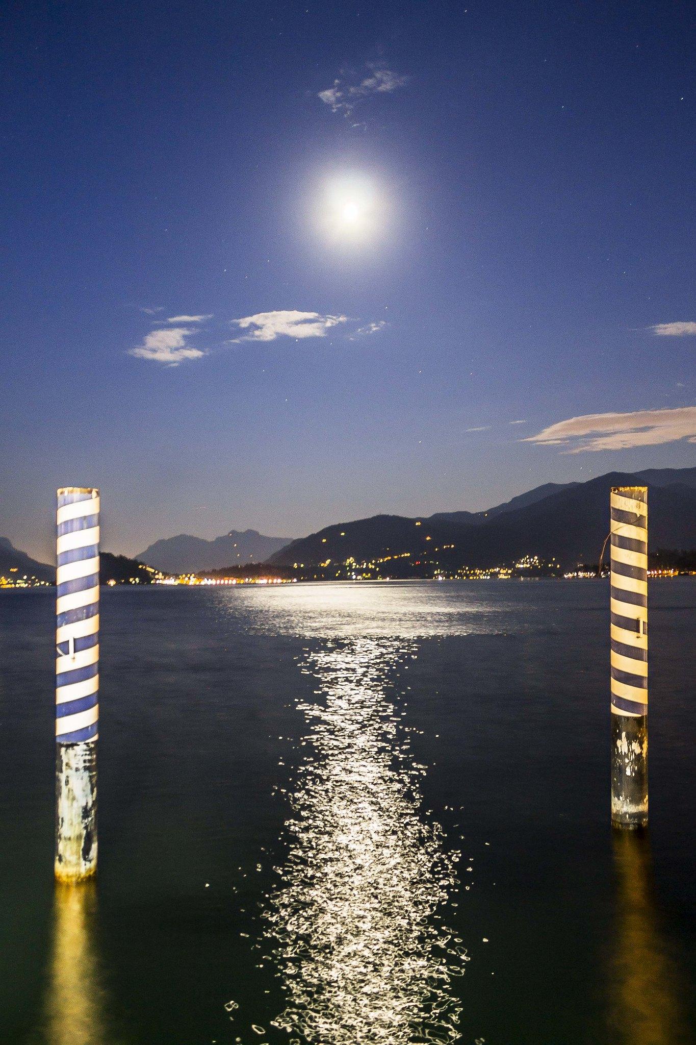 Luna llena en Menaggio