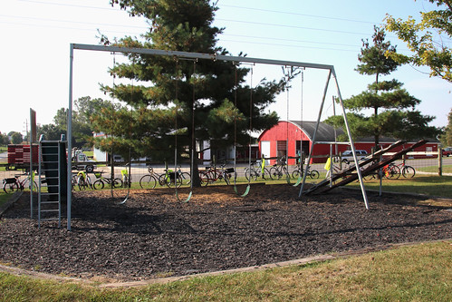 IMG_10633a_Playground_at_Amish_Scool