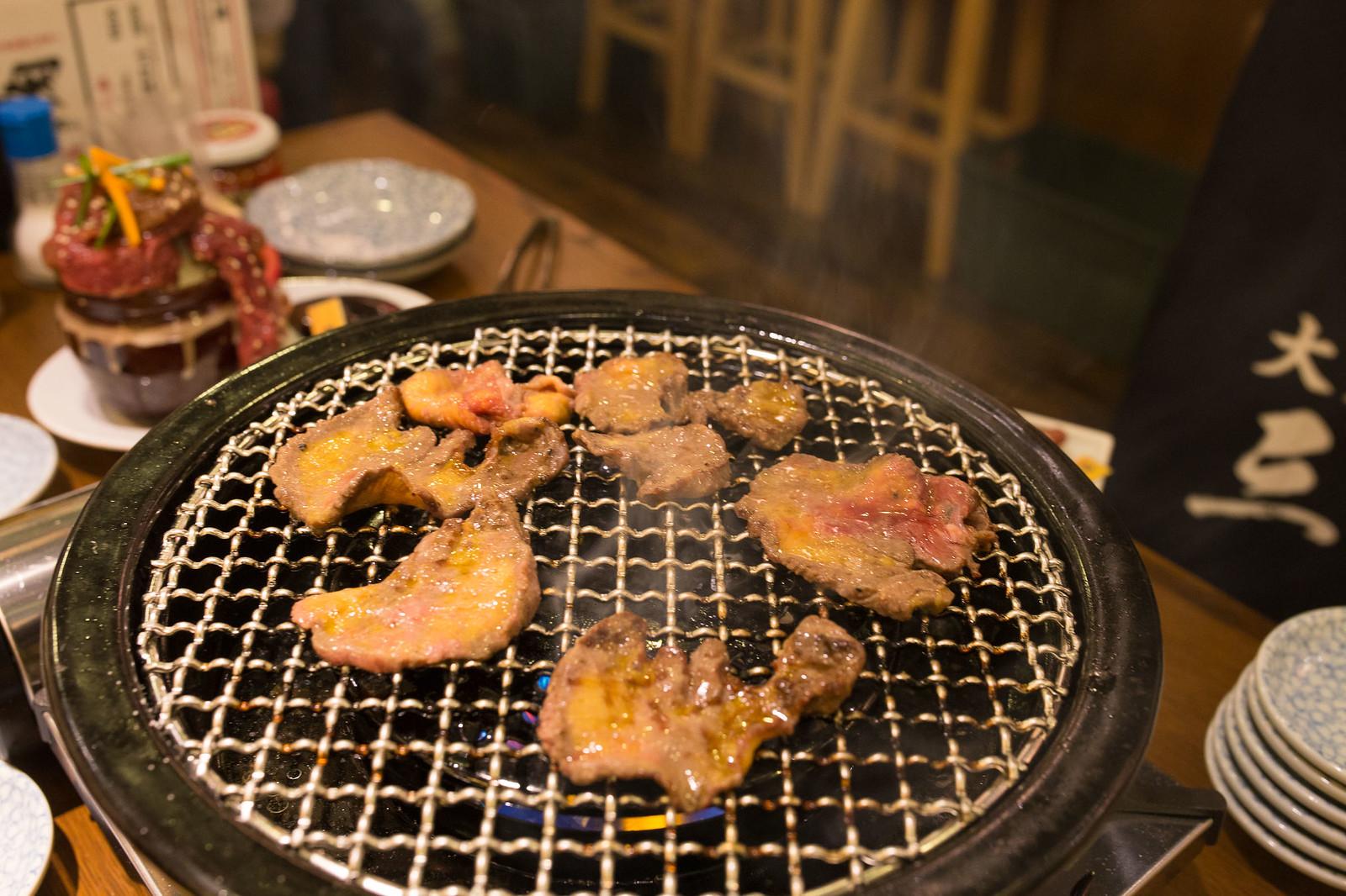 Shinjuku_meiten_yokocho-65