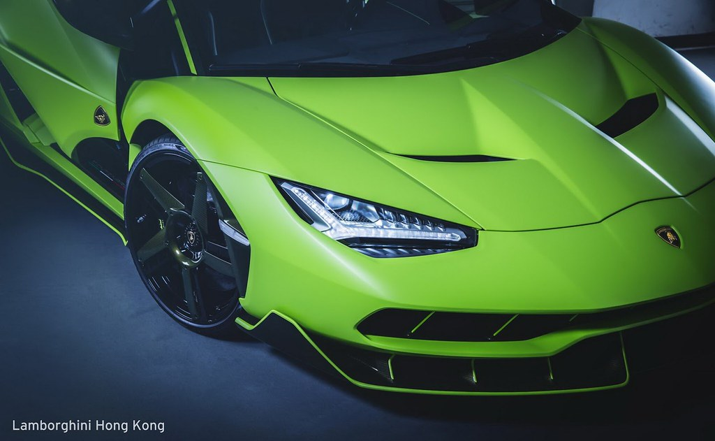 lambo-centenario-all-green-hongkong-1