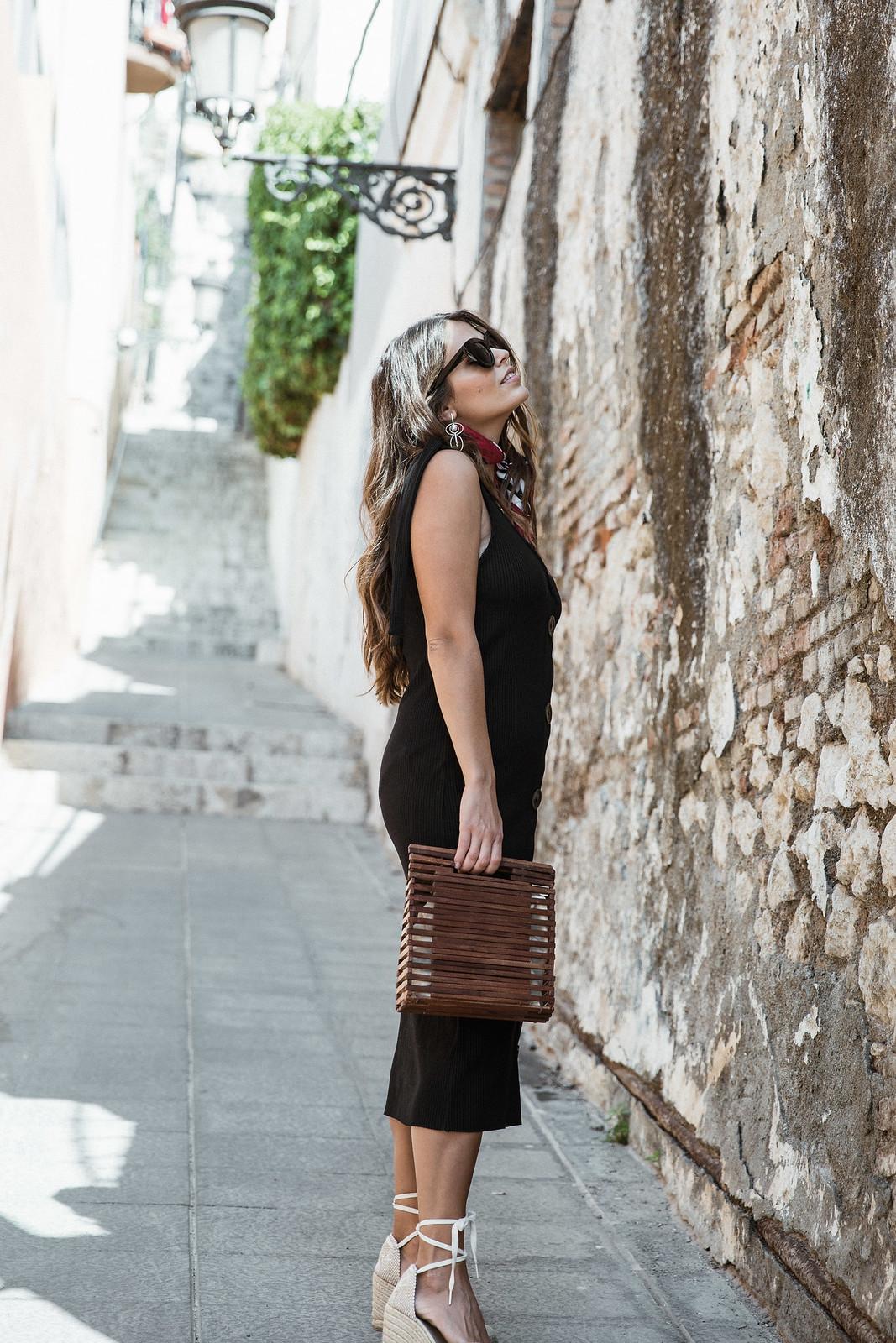 seams for a desire - jessie chanes - black tight dress - zara-6