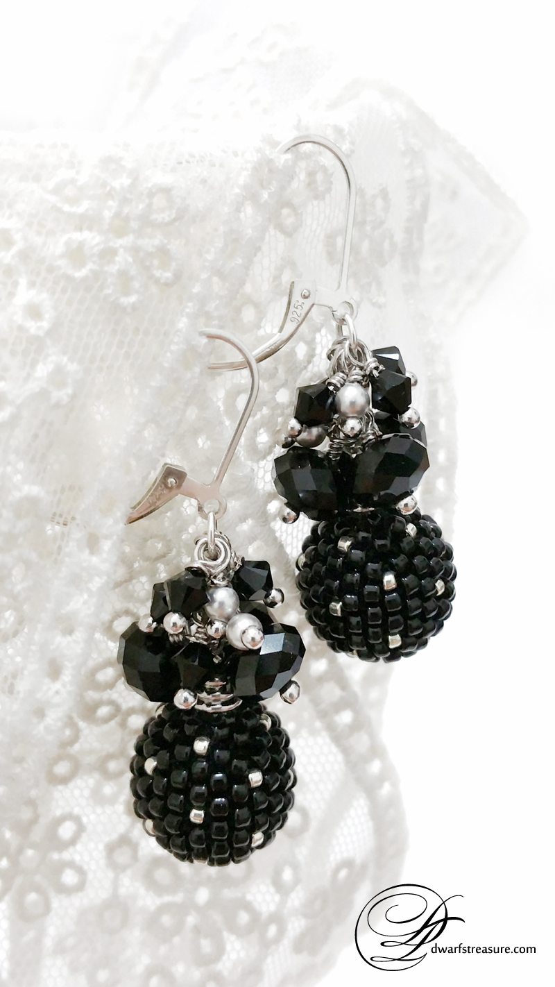 Fashion Black beaded bead silver earrings on lace