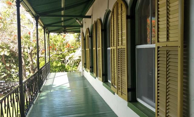 hemingway-house-balcony