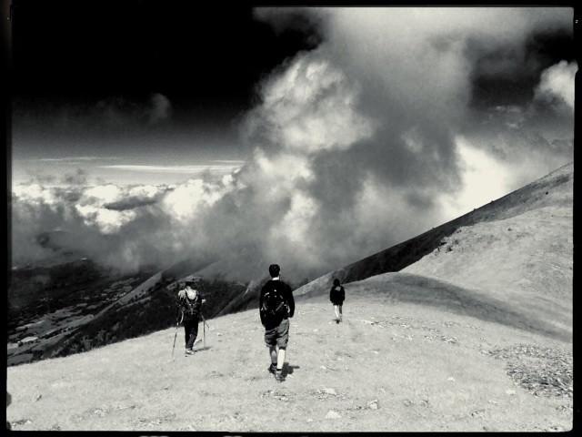 French Alpes / Avec les nuages BW