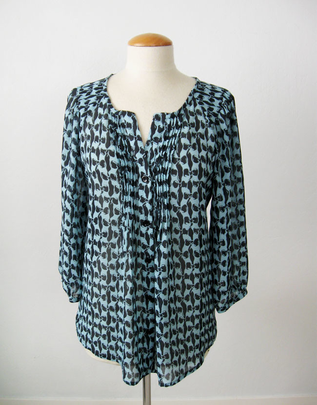 bow blouse front on form