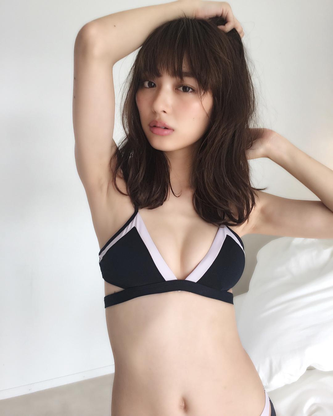 内田理央11