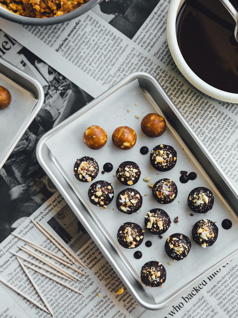 Chocolate-covered peanut bites