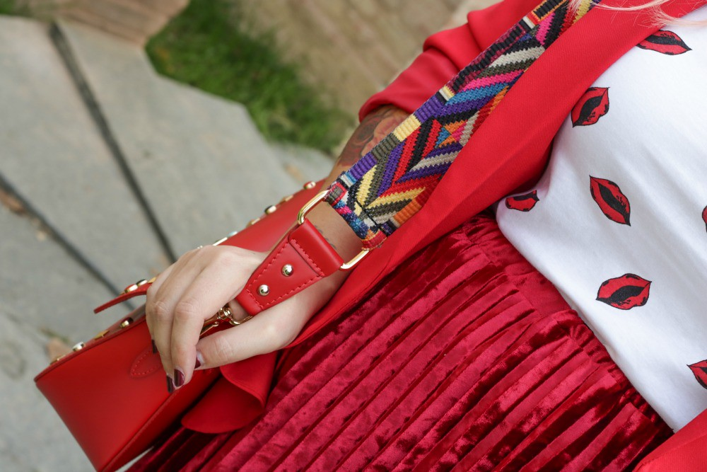 Outfit plus size, rosso su rosso (8)