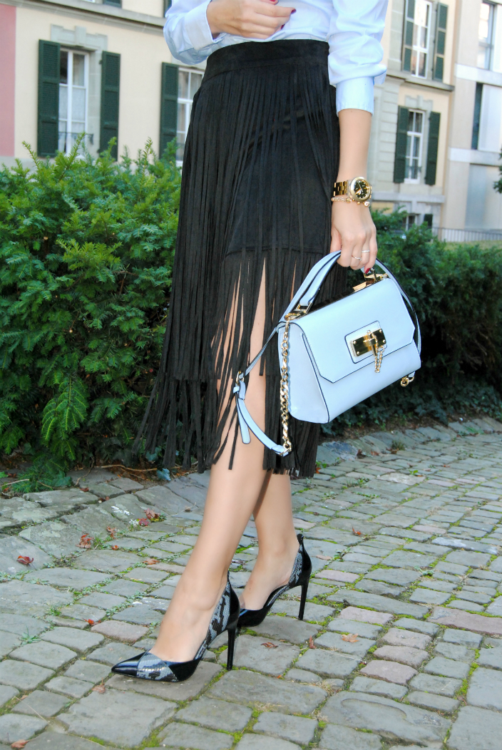 Fringes Outfit (006b)