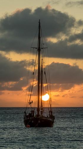 bonaire wolken himmel segelboot boot