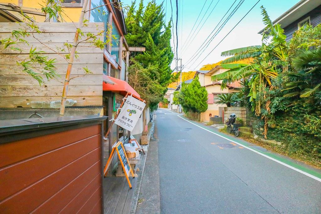 鎌倉の中古戸建:現地から約80m