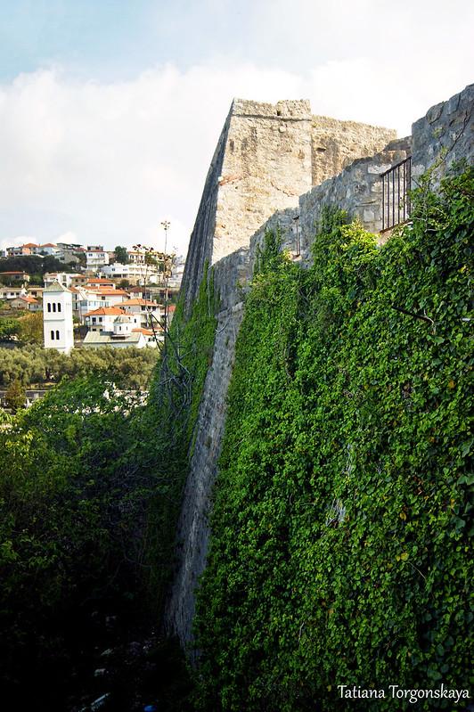 Крепостная стена Старого Улциня в верхней части города
