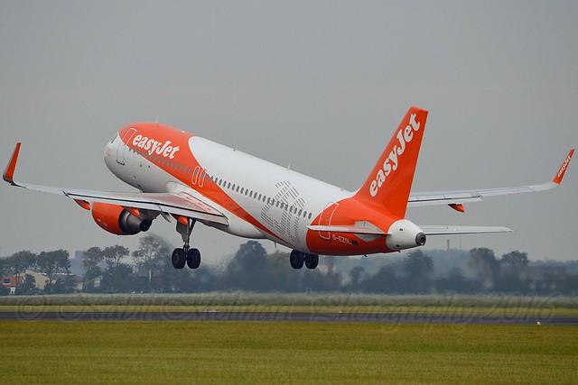 easyJet UK G-EZOL Airbus A320-214 Sharklets cn/6572