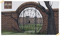 Spider Gate CHEZ MOI