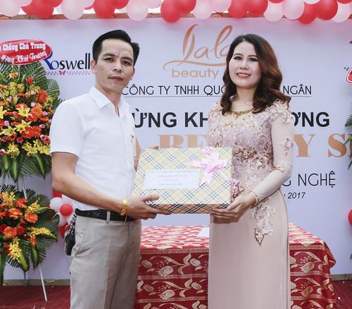 Truyền hình trực tuyến Việt Nam - Khai trương La La Beauty Spa (65)