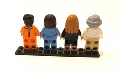 21312 LEGO IDEAS - Minifigures (back)