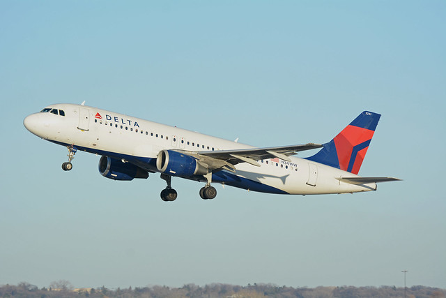 Delta Airlines Airbus A320 N341NW