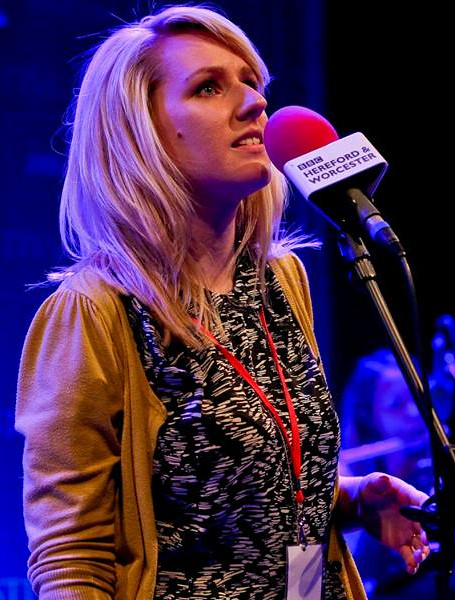 Watch April sing or lead worship live - April Shipton UK Christian Singer Songwriter
