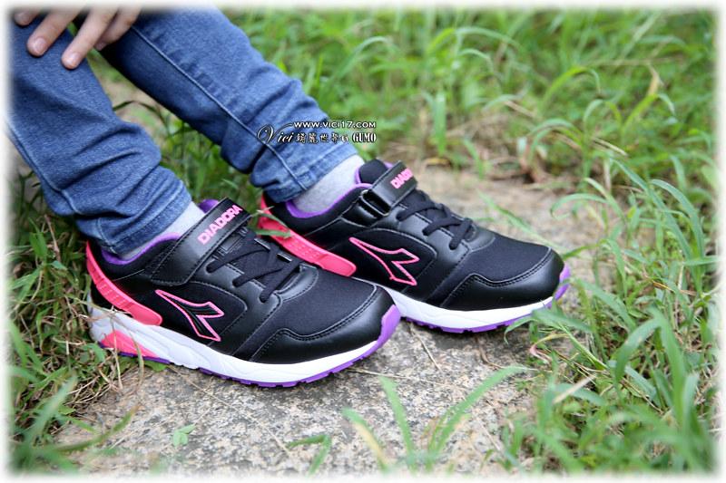 1105運動鞋053
