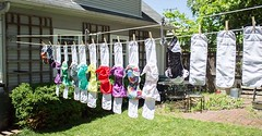 Always good to know! https://buff.ly/2jidcDd - How To Make A DIY Pulley Clothesline #80WashingLines