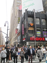Man Jumps Out Midtown Comics Store 2nd Floor Window 2246