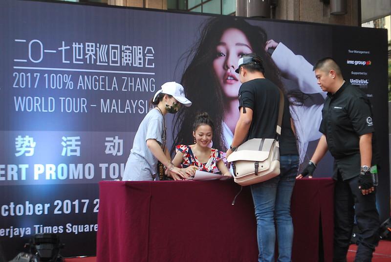 Angela Zhang Promo Tour At Berjaya Times Square