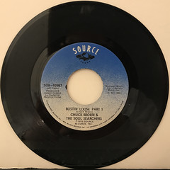 CHUCK BROWN & THE SOUL SEARCHERS:BUSTIN' LOOSE(RECORD SIDE-A)