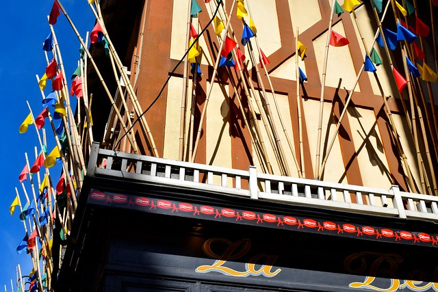 Shopfronts in St. Malo | www.rachelphipps.com @rachelphipps