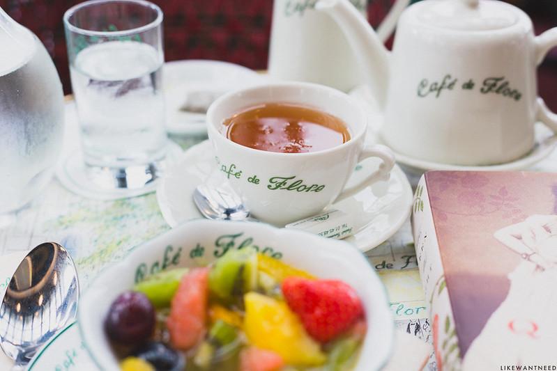 Petit Déj, Café de Flore