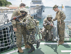 U.S. Marines and Sri Lankan Marines conduct visit, board, search, and seizure (VBSS) drills, Oct. 2. (U.S. Navy/IT1 Gregory L. Parker)