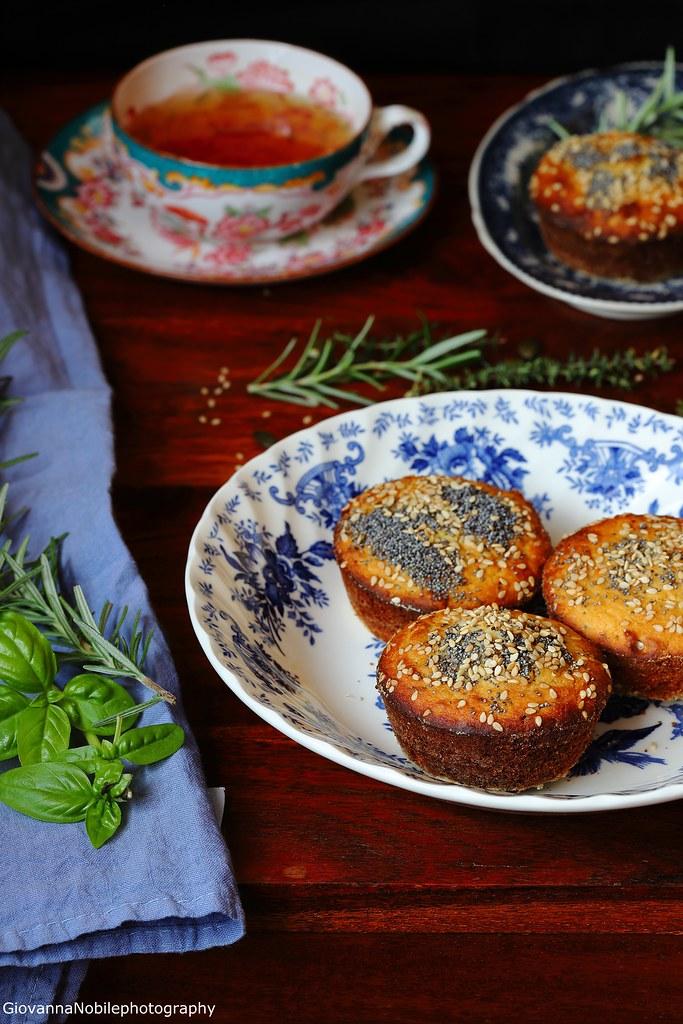 Tortine con miele, rosmarino e noci 2