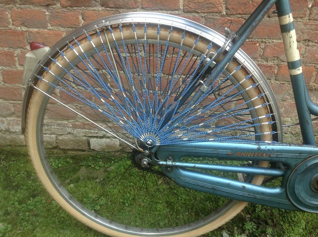 Bicicletta d'epoca Sport da donna B.Giuntelli - anni '50 - ruota posteriore - foto inviata da Alberto Negro