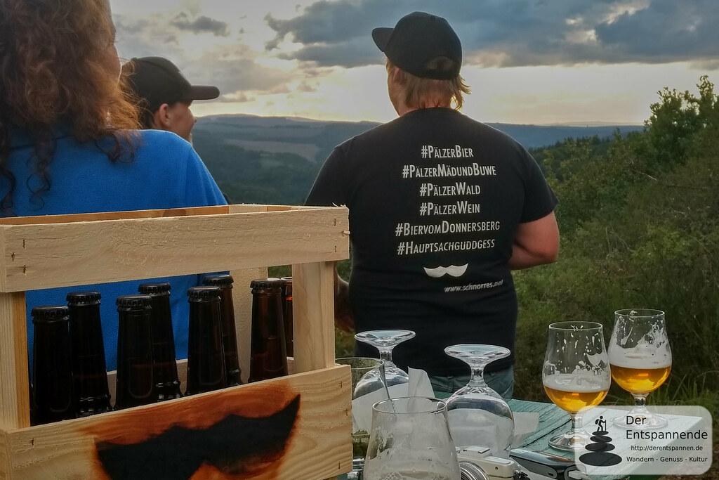 Sundowner auf der Kupferberghütte: Werbeträger Martin Leister von Schnorres-Bier
