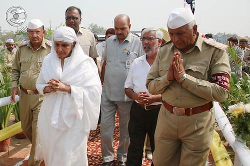 Arrival of Her Holiness Satguru Mata Ji