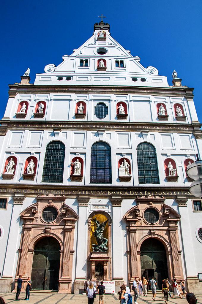 Hotels Near Marienplatz Square Munich