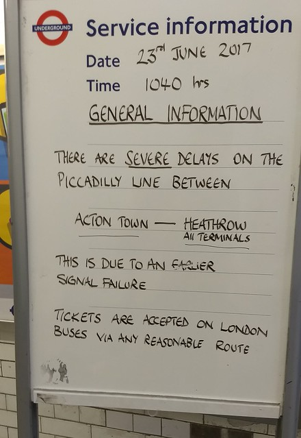 London Undeground: Service information