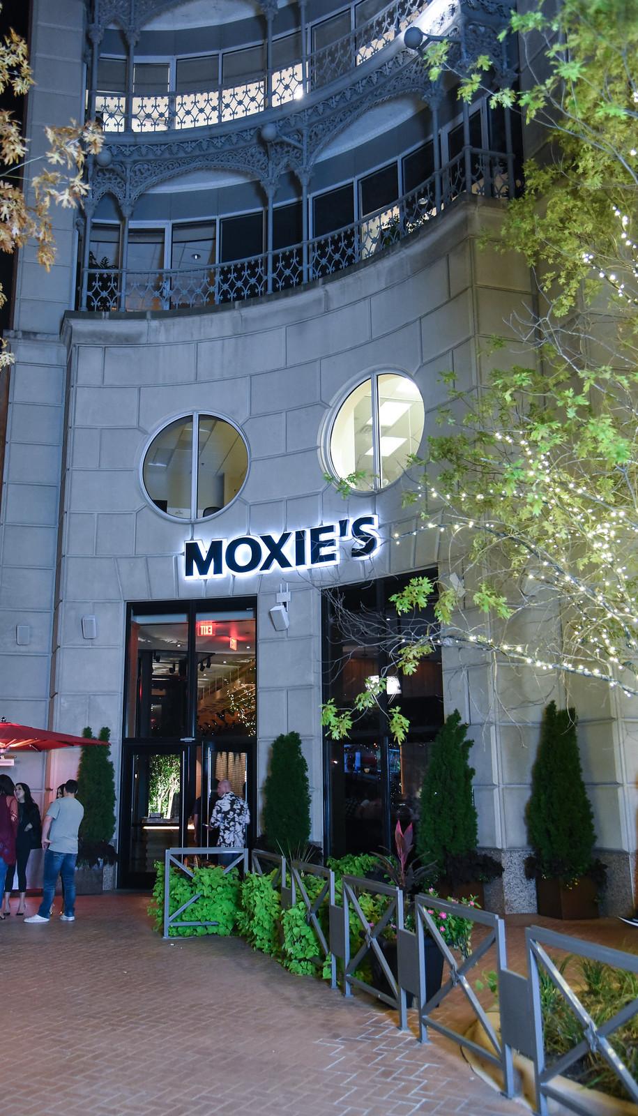 MOXIE'S grill and bar Dallas