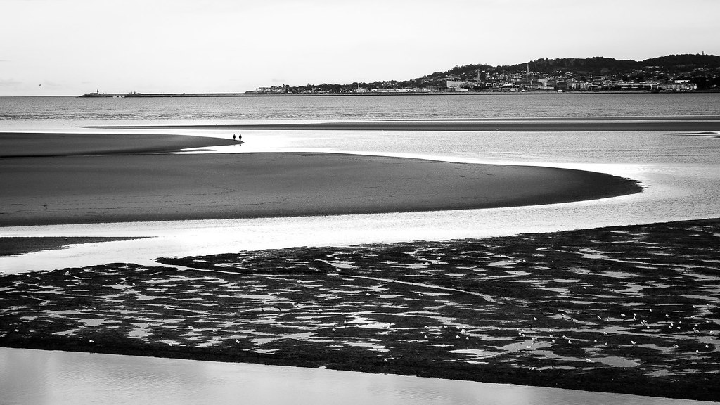 Sandymount - Dublin, Ireland - Black and white street photography