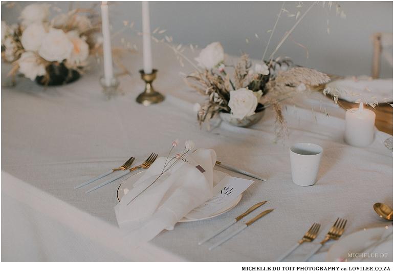 Minimalist wedding inspiration - Place setting with Menu